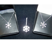 Snowflake diamond pendants